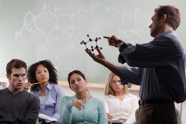 Atualização em Docência do Ensino Superior e Inspeção Escolar
